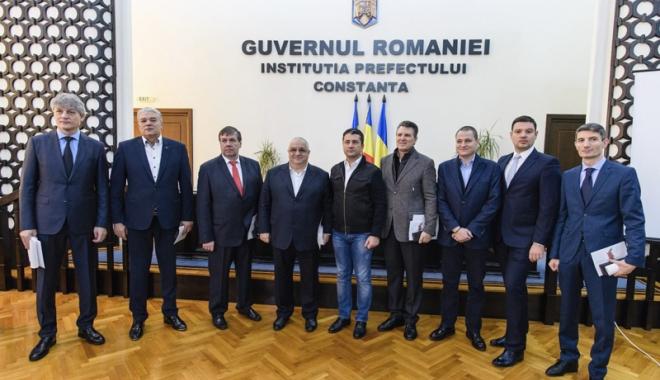 Foto: Parlamentarii PSD din Constanţa vor vota pentru căderea Guvernului Grindeanu