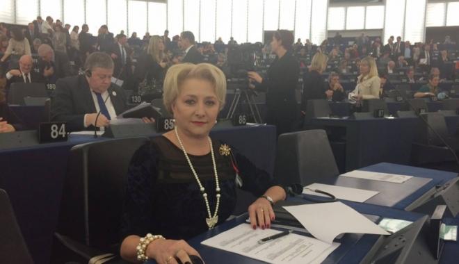 Foto: Femeile din PSD se reunesc la Şcoala Politică de Vară din staţiunea Mamaia