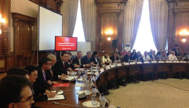 Foto: Social-democraţii se reunesc în CExN pentru desemnarea miniştrilor