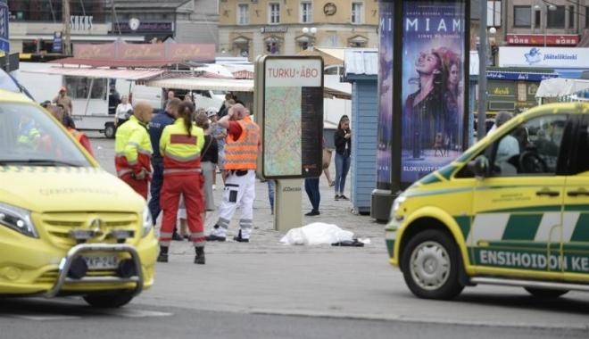 Foto: Un bărbat a înjunghiat mai multe persoane în Finlanda. Doi oameni au murit și opt au fost răniți