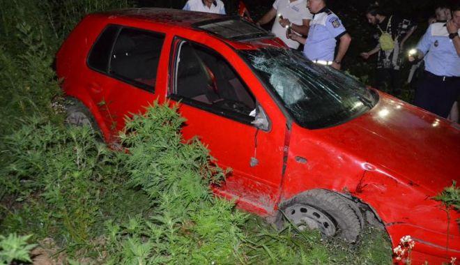 Foto: O fată de 18 ani a murit în urma unui accident provocat de un adolescent beat