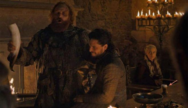 """Foto: """"Game of Thrones"""". Paharul de Starbucks din episodul al 4-lea, gafă sau parte din promovare? Reacţia HBO"""