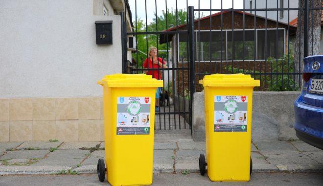 Foto: Care sunt străzile pe care se distribuie pubele galbene