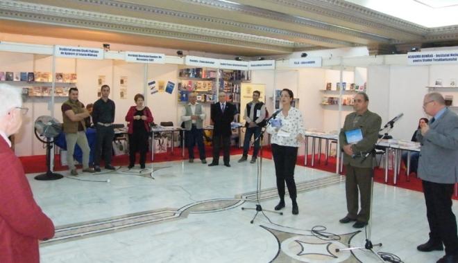 Foto: Publicaţiile  Muzeului Marinei  au fost premiate