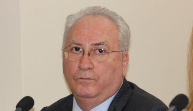 Ce a făcut senatorul Puiu Hașotti pentru Constanța în cei patru ani de mandat - puiuhasoti1-1351015067.jpg