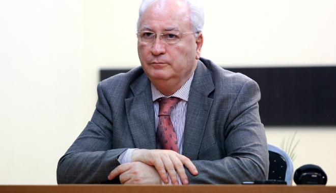 Foto: Puiu Haşotti a demisionat din PNL, însă nu plânge nimeni după el