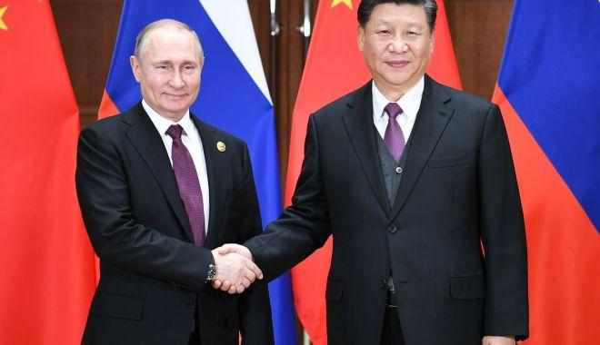 Foto: Putin rearanjează sistemul politic din Rusia după exemplul lui Xi Jinping
