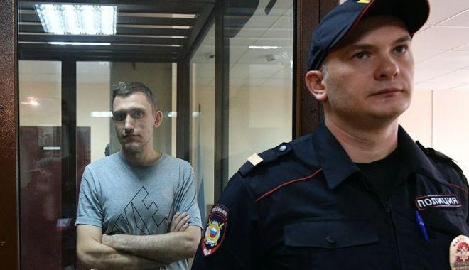 Foto: Putin ordonă procurorului general revizuirea condamnării unui protestatar