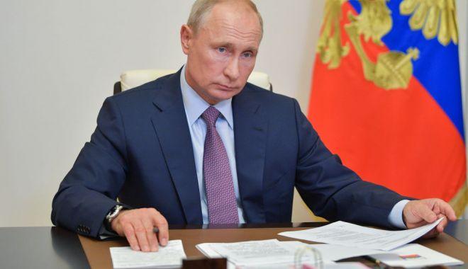 Putin a autorizat transferul lui Navalnîi în Germania - putin-1603460280.jpg