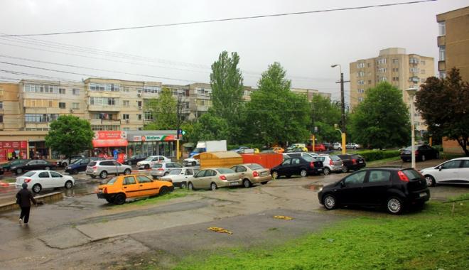 """Foto: Betoane şi scandal! Încă un PUZ cu """"cântec"""", la Constanţa"""
