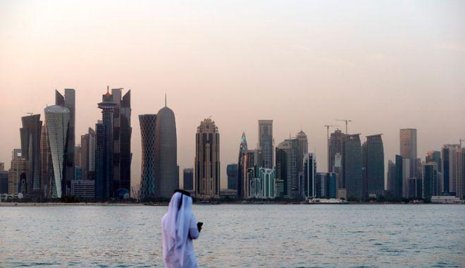 Foto: Qatarul va părăsi Organizaţia Statelor Exportatoare de Petrol