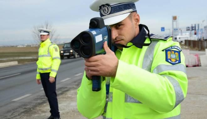 Foto: Poliţia Rutieră şi-a luat radare cu laser