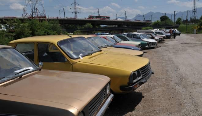 Foto: Radierea maşinii la cererea proprietarului