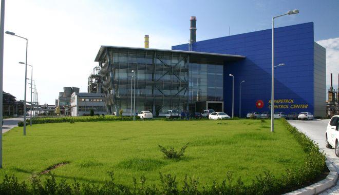 Foto: Investiții de peste 50 de milioane de dolari în rafinăria Petromidia
