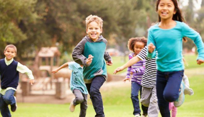 Foto: Rahitismul la copii. Cum să evităm această afecţiune