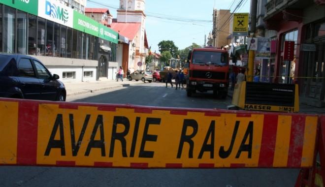 Foto: Avarie RAJA. Cartierul Palazu Mare, fără apă rece până după prânz