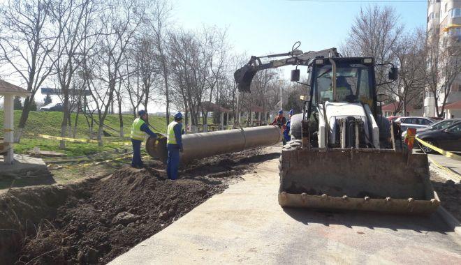 Foto: RAJA. Lucrări ample de înlocuire a unei conducte de ape uzate, în Năvodari