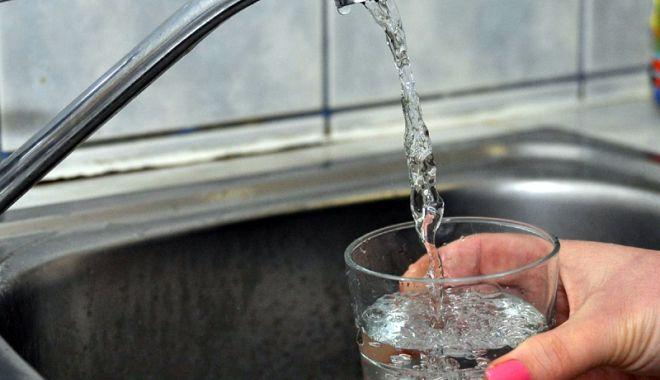 Foto: 20 de ore fără apă rece în localitatea Hârşova
