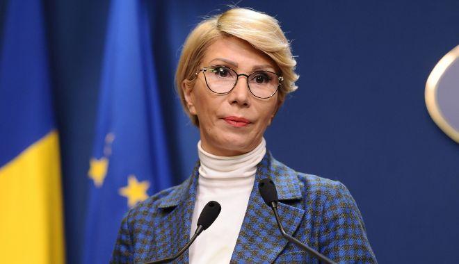 Ministrul Muncii: Trebuie urmărită dimensiunea de gen în măsurile economice pentru refacere după criză - ralucaturcan-1620467182.jpg