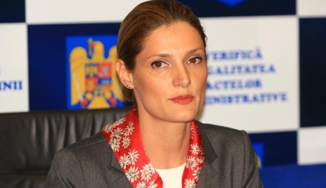 Foto: Demisie în PNL Constanţa. Europarlamentarul Ramona Mănescu cochetează cu ALDE