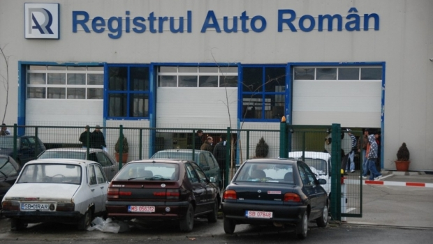 Foto: Şoferi, atenţie! Informaţia zilei despre programul la Registrul Auto Român