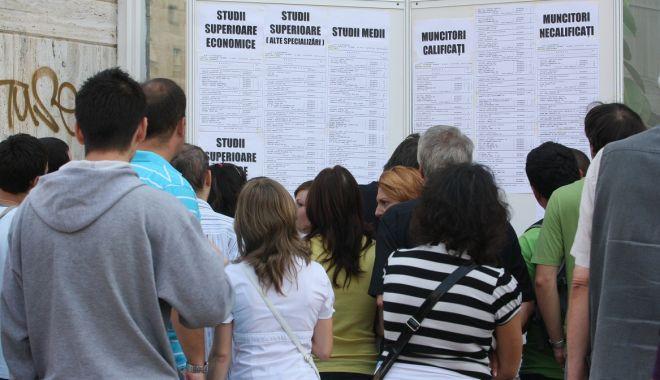 Foto: A scăzut rata șomajului