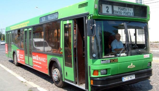 Foto: Începe distribuţia gratuităţilor la transportul în comun pentru deportaţi şi persecutaţii politic