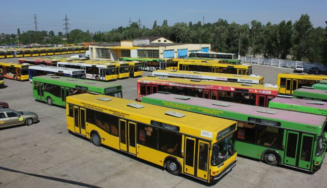 """Foto: RATC introduce linia de autobuze """"100 Mamaia"""""""
