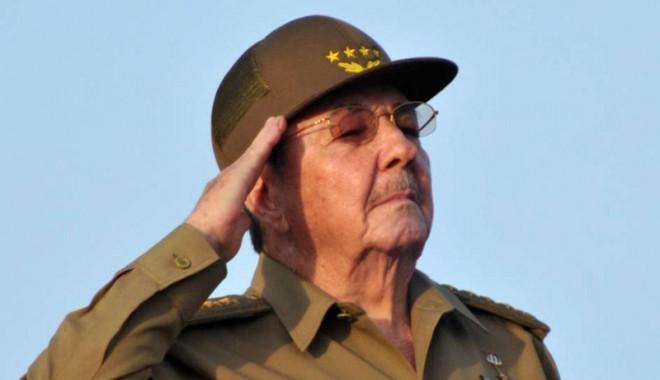 Foto: Raul Castro va participa la funeraliile lui Nelson Mandela