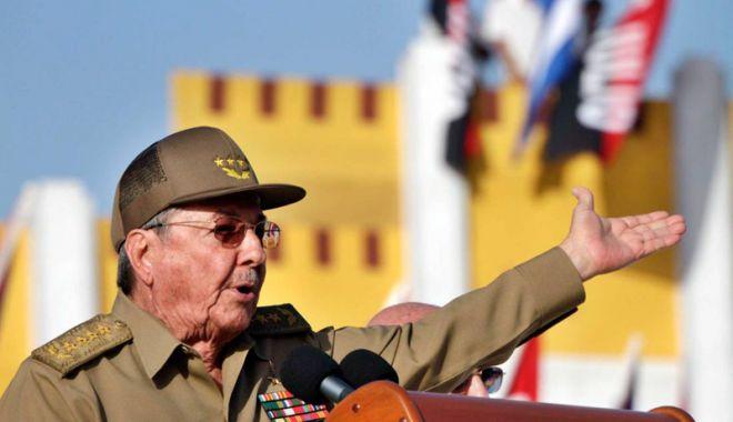 Foto: Raul Castro  se pregăteşte  să predea  ştafeta unei  noi generaţii