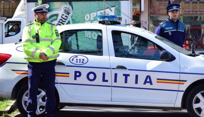 Foto: Razie cu zeci de poliţişti pe străzile Constanţei, în week-end