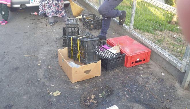 Foto: Razie în Piaţa Tomis III din Constanţa. Vizaţi sunt comercianţii ambulanţi