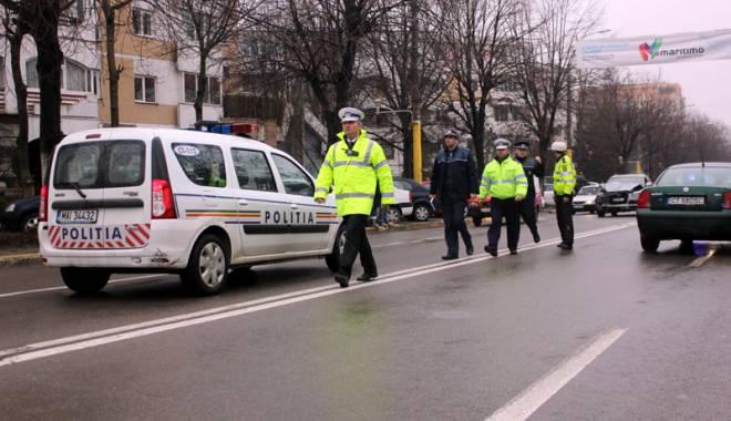 Foto: ŞOFERI DIN CONSTANŢA, PRINŞI BEŢI ŞI CU VITEZĂ. Ce spun poliţiştii de la Rutieră