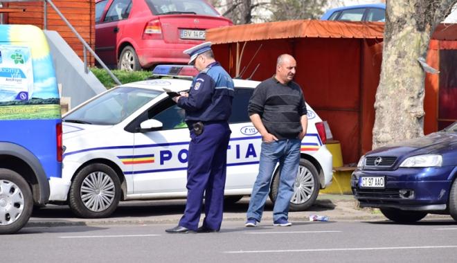 Foto: Razii în Constanţa. Maşinile cu numere străine, în vizorul poliţiştilor