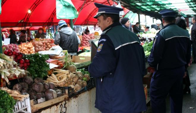Foto: Razii ale poliţiştilor şi medicilor, în judeţul Constanţa