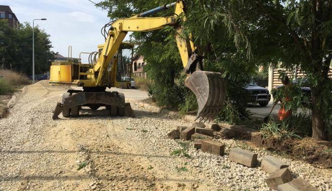 Foto: Vor fi reabilitate mai multe străzi de pământ din Compozitorilor, Baba Novac și Palazu Mare