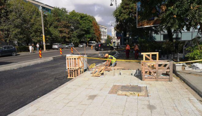 Se lucrează intens la reabilitarea trotuarelor din oraș - reabilitaretrotuare5-1568195562.jpg