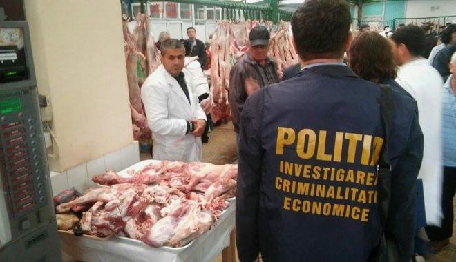 Controale în piețele din Constanța. Oamenii legii au aplicat zeci de amenzi - received1113687011987417-1461936031.jpg