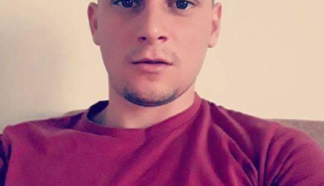 ÎNCĂ O TRAGEDIE / Curg mesajele de condoleanţe pentru tânărul mort în accidentul de la Valu lui Traian: