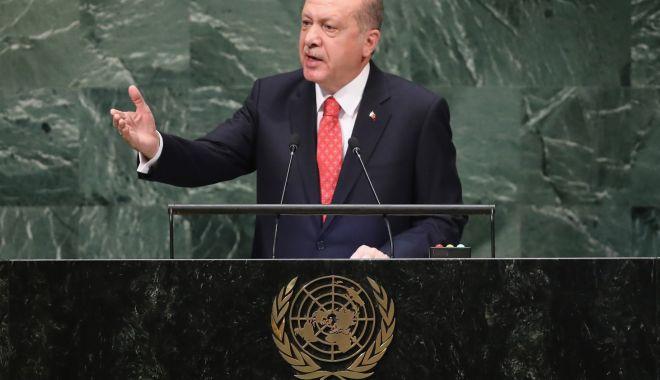 Erdogan cere Arabiei Saudite să dezvăluie cine a ordonat asasinarea jurnalistului Jamal Khashoggi - receptayyiperdogan-1540553294.jpg