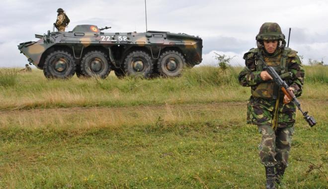 """Foto: """"Rechinii Albi"""" într-o nouă misiune NATO, în Afganistan"""