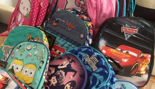 Foto: Vești bune pentru elevii și părinții din Constanța! Rechizite și ghiozdane gratuite