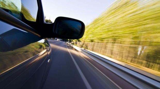 """Foto: Constănţean prins """"zburând"""", pe autostradă. Cum l-au sancţionat poliţiştii de la Rutieră"""