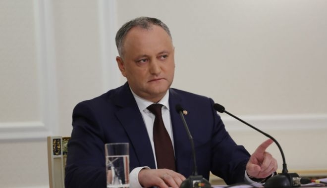 Foto: Record! Preşedintele Igor Dodon, suspendat din funcţie pentru a cincea oară