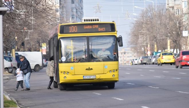 Foto: Reduceri la RATC. Cine beneficiază de tarife scăzute la biletele  de autobuz