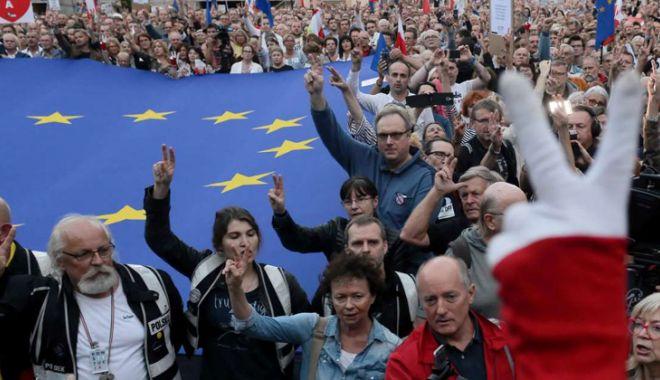 Foto: Reformă judiciară în Polonia.  Elita judecătorilor coboară în stradă