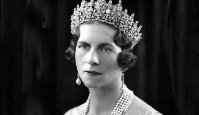 Regina-Mamă Elena va fi reînhumată la Curtea de Argeș - reginaelenareginamama840x500-1571470777.jpg