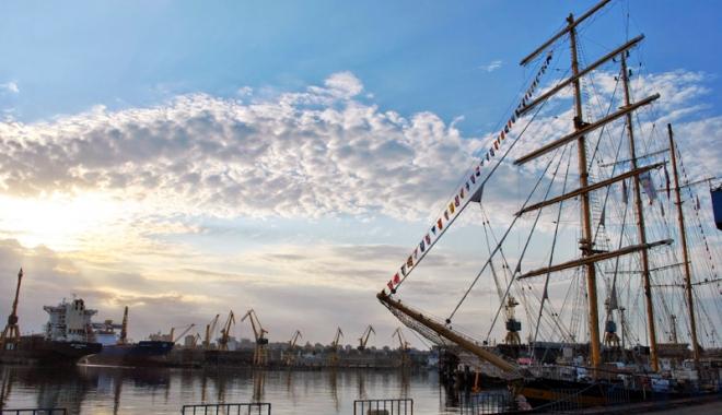 Foto: Reîncepe show-ul  pe mare!  Regata Marilor Veliere  se întoarce în Constanța