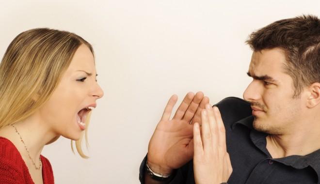 Foto: Relaţia în impas? Minciunile ascunse pe care i le spui zilnic