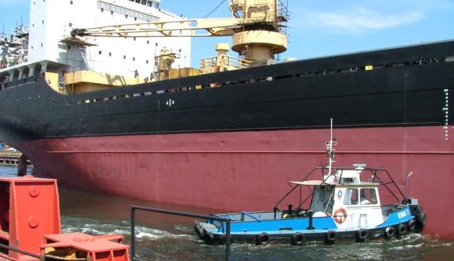 Foto: Administraţia portuară a intrat  în era managementului privat